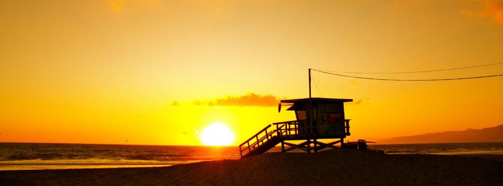 7016508-beautiful-sunrise